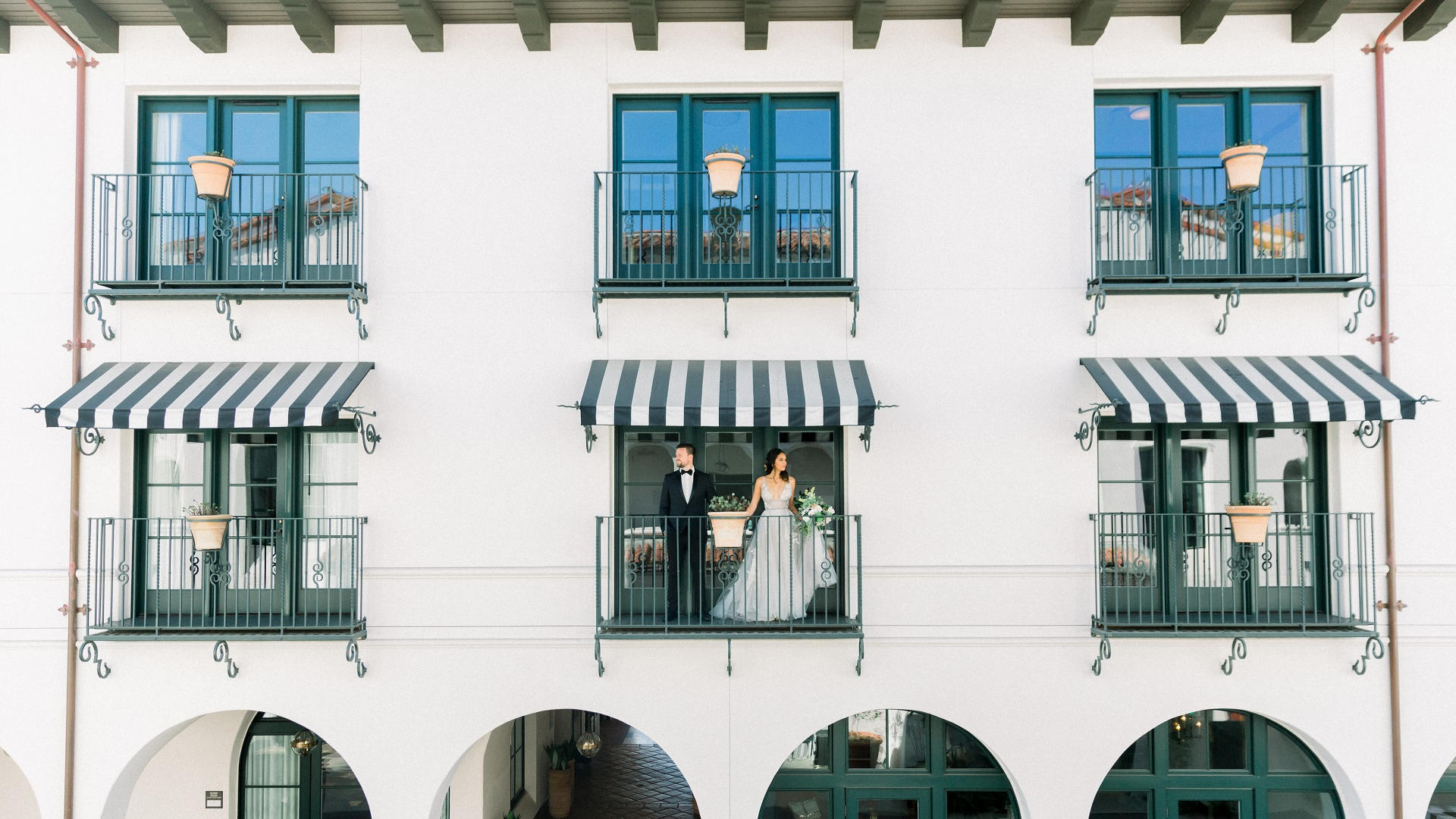 Outdoor wedding balcony view
