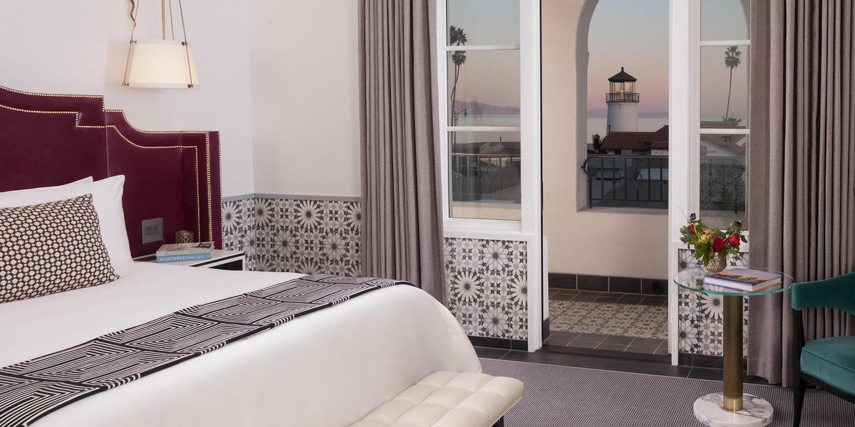 Sestina Guestroom with Lighthouse view